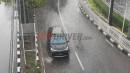 2 Hal Penting yang Harus Diperhatikan Pengemudi Saat Hujan