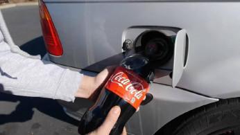 VIDEO: Bukannya Diisi Bensin, BMW Ini Malah Diisi Soda. Apa Jadinya?