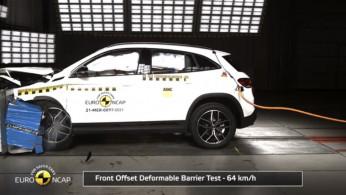 VIDEO: Crash Test Mercedes-EQ EQA (Euro NCAP)