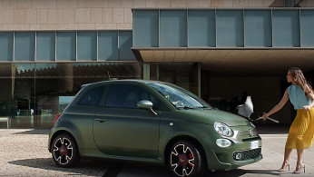 VIDEO: Fiat 500S Dirancang Untuk Pertengkaran Saat Kencan