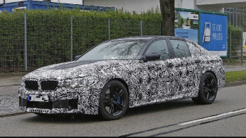 VIDEO: BMW M5 2018 AWD Digeber Di Nurburgring