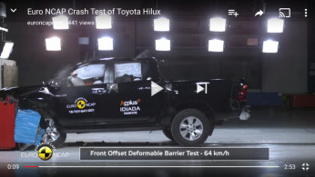 VIDEO: Crash Test Toyota Hilux