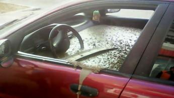 VIDEO: Walah, Kabin Mobil Ini Sengaja Disemen Lantaran Suami Murka
