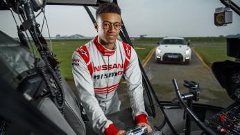 VIDEO: Nissan GT-R Ini Bisa Melesat Dengan Kendali Stik Konsol Game!