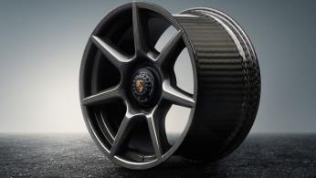 VIDEO: Eksotisme Pelek Carbon Fiber Buatan Porsche