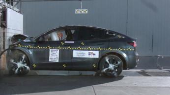 VIDEO: Crash Test Tesla Model Y (NHTSA)