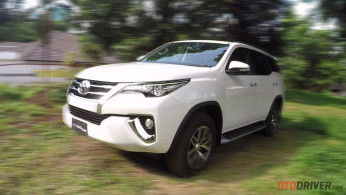 VIDEO: First Drive Toyota All New Fortuner 2.4 VRZ Spek Indonesia - OtoDriver