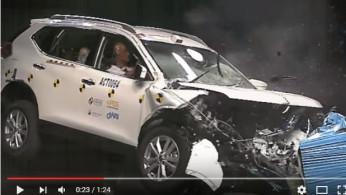 VIDEO: Crash Test Nissan XTrail dan Navara