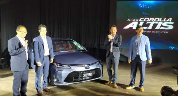 GALERI: All New Toyota Corolla Altis Hybrid
