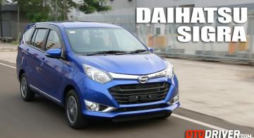 GALERI FOTO: Daihatsu Sigra 1.2 R Deluxe AT (40 Foto)