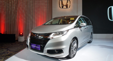 GALERI FOTO: New Honda Odyssey 2017 Spek Indonesia (24 Foto)