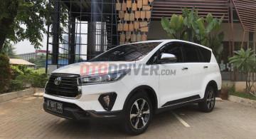 Penampakan Detil Toyota Innova Venturer Versi Baru (23 FOTO)