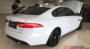 GALERI: Jaguar New XF 2.0 Black Jack (21 FOTO)