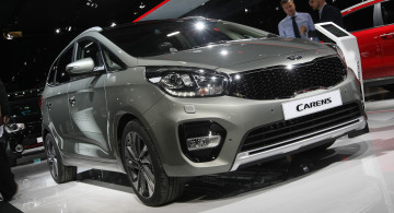 GALERI FOTO: Launching Kia Carens Facelift 2017 (9 Foto)