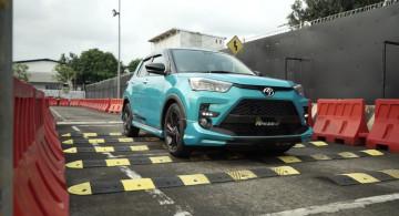 GALERI: Toyota Raize (25 Foto)